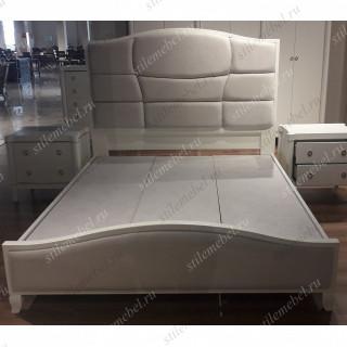 Кровать Ивон MK-6810-IVG двуспальная (цвет патины: золотое шампанское) 180х200 см Слоновая кость
