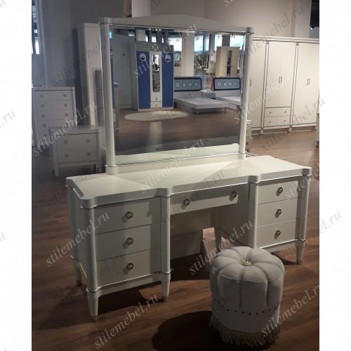 Туалетный столик Ивон с зеркалом и банкеткой MK-6832-IVG